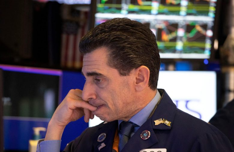 The Dow Flatlined Today – A Mixed Bag of Economic Data Didn't Help