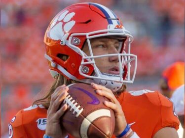 Trevor Lawrence Is Making a Huge Mistake by Befriending Donald Trump