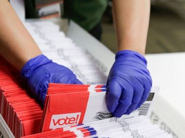 Trump Campaign Sues Three Iowa Counties over Mail-in Ballots