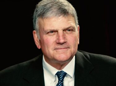 Franklin Graham to Hold D.C. Prayer March: 'Our Only Hope Is in God'