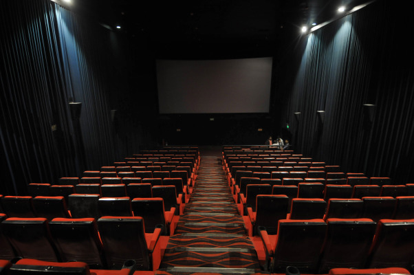 With theaters opening back up, Atom Tickets launches its Snap mini app