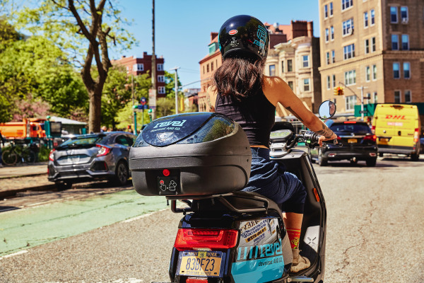 Electric moped startup Revel returns to New York with helmet selfie, other in-app safety features