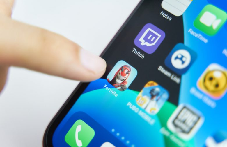 Apple officially unplugs Epic from the App Store