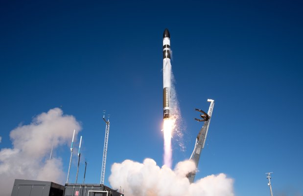 Rocket Lab returns to flight with a successful launch of a Capella Space satellite