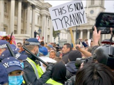 Watch: Police Storm, Forcibly Shut Down Anti-Lockdown Protest in London